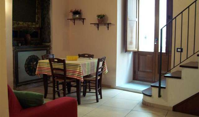 Find cheap rooms and beds to book at hotels in Cefalu