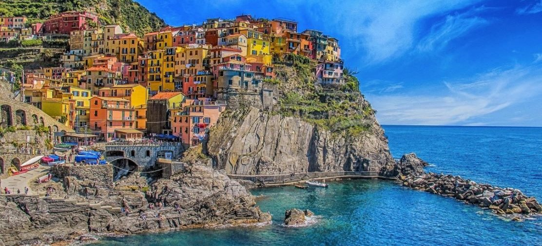 Meet travelers, discover the real Italy